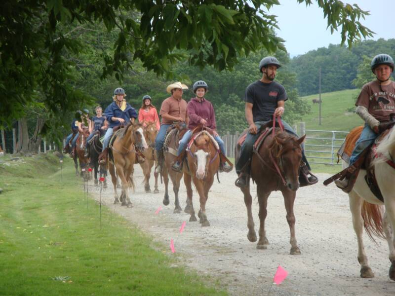 horseback riding vermont, scenic trail rides, horseback ridinghorseback riding vermont, scenic trail rides, horseback riding lesson, pony rides vt, vacation horse trail rides